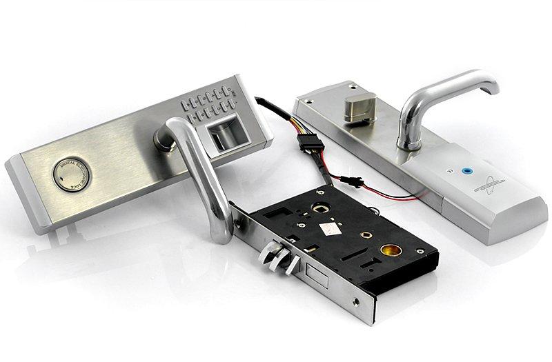 Устройство биометрического замка