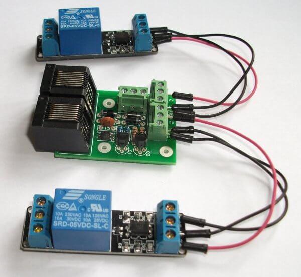 Модули DS2413 подключенные к плате с интерфейсом локальной сети RJ45